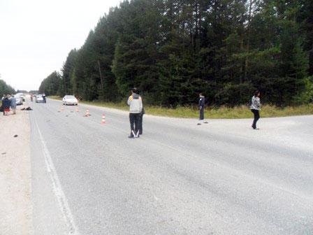 В Североуральске мотоциклист насмерть сбил пешехода