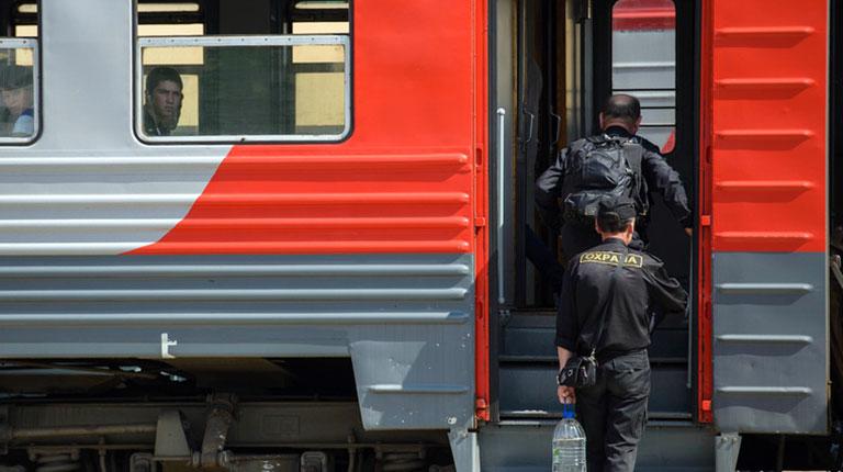 Свердловский губернатор пообещал уральцам решение проблемы с транспортом. Но не раньше 2017 года