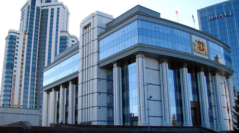 Решающий перелом. Заксобрание в Екатеринбурге начало лишать депутатов мандатов