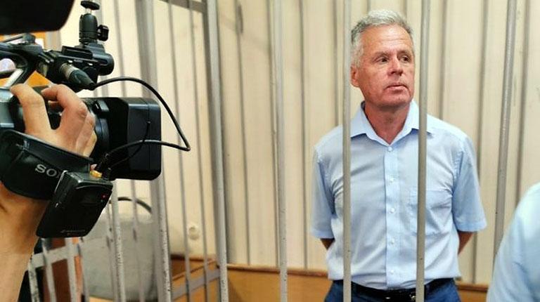 Экс-мэра Каменска-Уральского посадили на восемь лет строгача