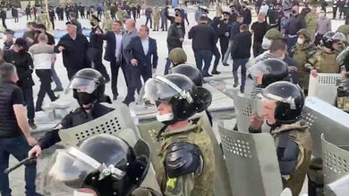 Во Владикавказе сотрудника Росгвардии уволили за то, что он защитил ветерана Афгана от избиения на митинге