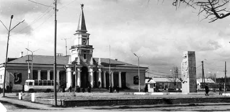 Железнодорожный вокзал Североуральска